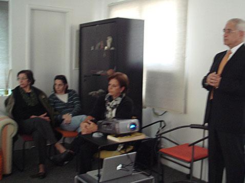 Palestra de Dr. Humberto Pierri Médico – Livre-docente em Geriatria pela FMUSP Junho de 2013