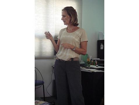 Palestra de Kerstin B. Steinhoff Fonoaudióloga Abril de 2014